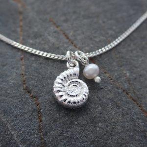 sterilng silver ammonite necklace silver fossil necklace swjn104