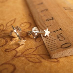 sterling silver star stud earrings 3mm swj16