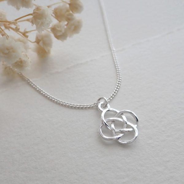 sterling silver celtic knot necklace swjn111 3