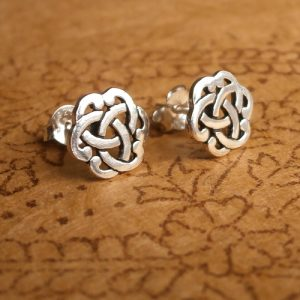 celtic knot stud earrings sterling silver swj03