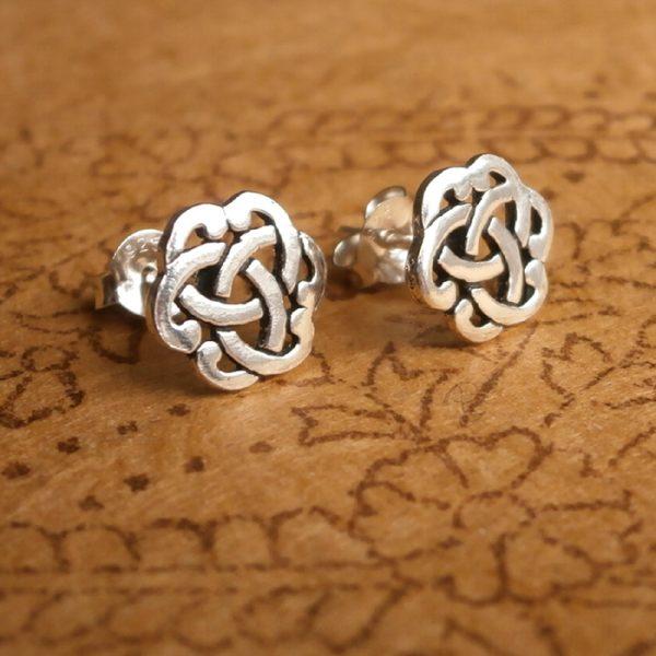 celtic knot stud earrings sterling silver swj03