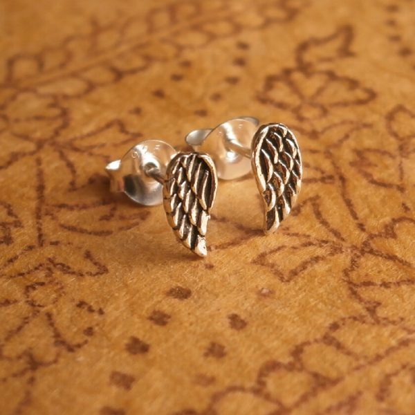 sterling silver tiny angel wing stud earrings swj18